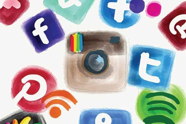 چگونه از شبکه های اجتماعی برای رشد کسب و کارمان استفاده کنیم؟؟؟